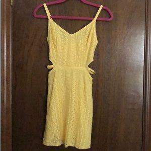yellow hollister dress. never worn